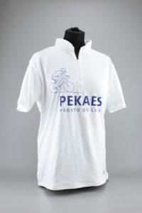 tshirt z logo pekaes błonie